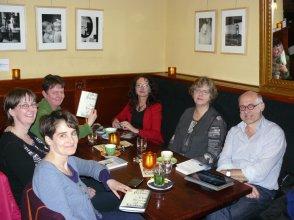 Book Blogger meeting a in café