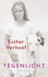 Tegenlicht van Esther Verhoef