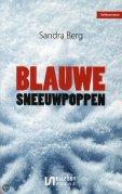 Blauwe sneeuwpoppen door Sandra Berg